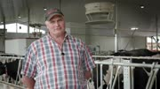 Automatic feeding and robotic milking - Peter Ruiter - EN.mp4